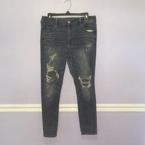 Ripped skinny jeans